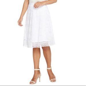 NWOT: Isaac Mizrahi: Floral Mesh Skirt/Lace Border